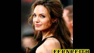 angelina jolie - smile :-
