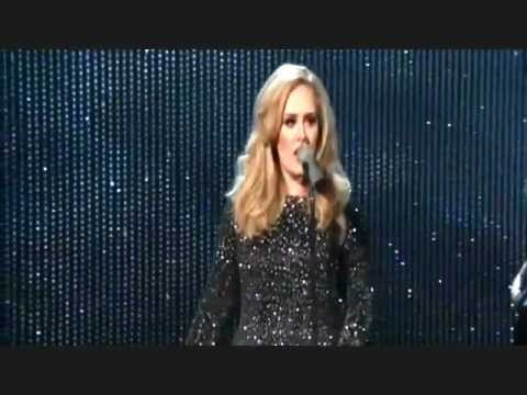 adele performs skyfall at oscars 2013